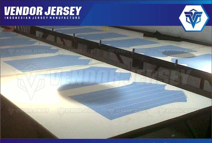 sablon manual untuk jersey