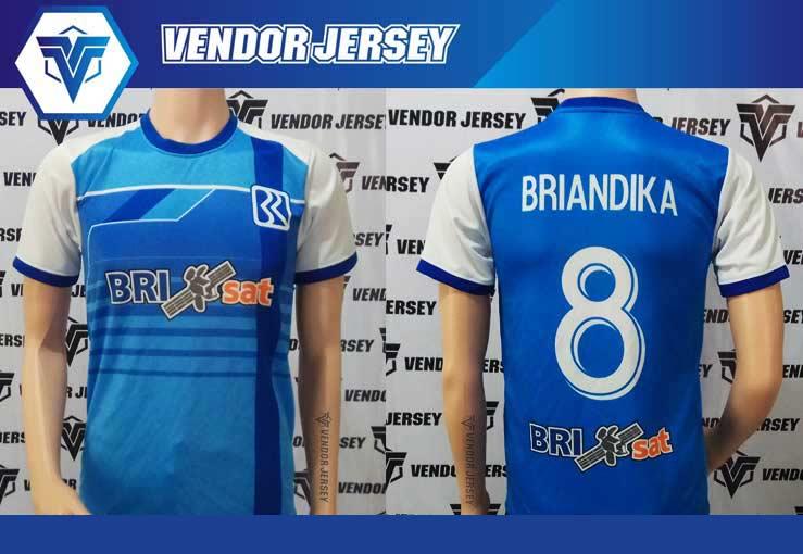 Pemasangan Sponsor Baju Futsal